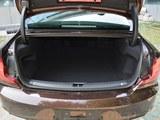 沃尔沃S90后备箱