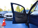 宝马2系旅行车前门板