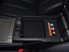 楼兰 2.5 S/C HEV XE 四驱混动智联尊尚版