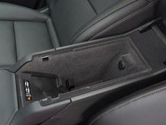凯迪拉克XT4 28T 四驱铂金运动版