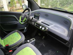 宝骏E100成都促销优惠1万欢迎试乘试驾