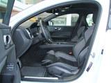 沃尔沃S60L前排空间
