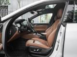 宝马6系GT前排空间