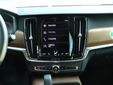 沃尔沃S90新能源中控台