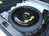 沃尔沃S60L备胎