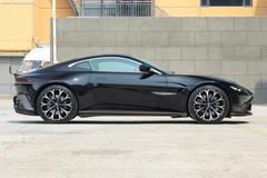阿斯顿·马丁 V8 Vantage