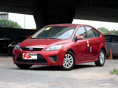 2013款 福克斯 三厢经典 1.8L MT基本型