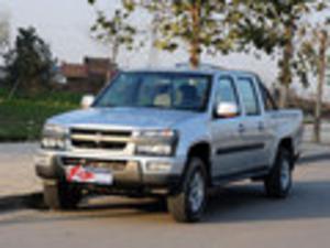 2012缓 异常柴神 2.4L至尊版 四驱汽油标准型