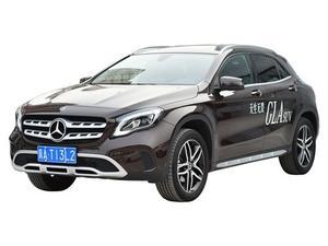 2019缓 奔驰GLA  GLA200 时尚型