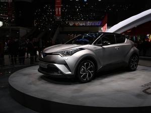 2018款 丰田C-HR 2.0L 酷越领先版 国V