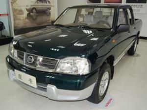 2011缓 日产D22 2.4L汽油两赶标准型