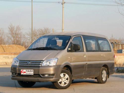 2014款 M3 1.6L 7座标准型