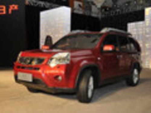 2012款 奇骏 2.5L XV 尊享版 CVT 4WD