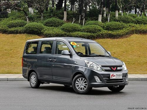 2016款 五菱荣光V 1.5L标准型