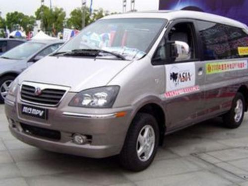 2008款 菱智 2.4 Q8长轴舒适版 MT