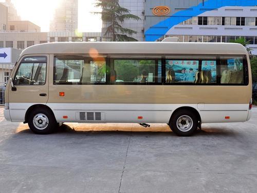 柯斯达 4.0L高级车GRB53L-ZCMSK 20座特别版