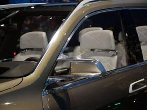 宝马X7现车热卖促销中 目前售价100万起